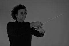 Stefan Veselka • Dirigent